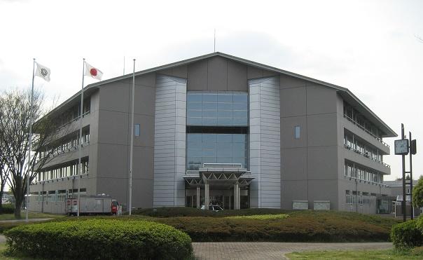 Shiraoka_town_hall_2